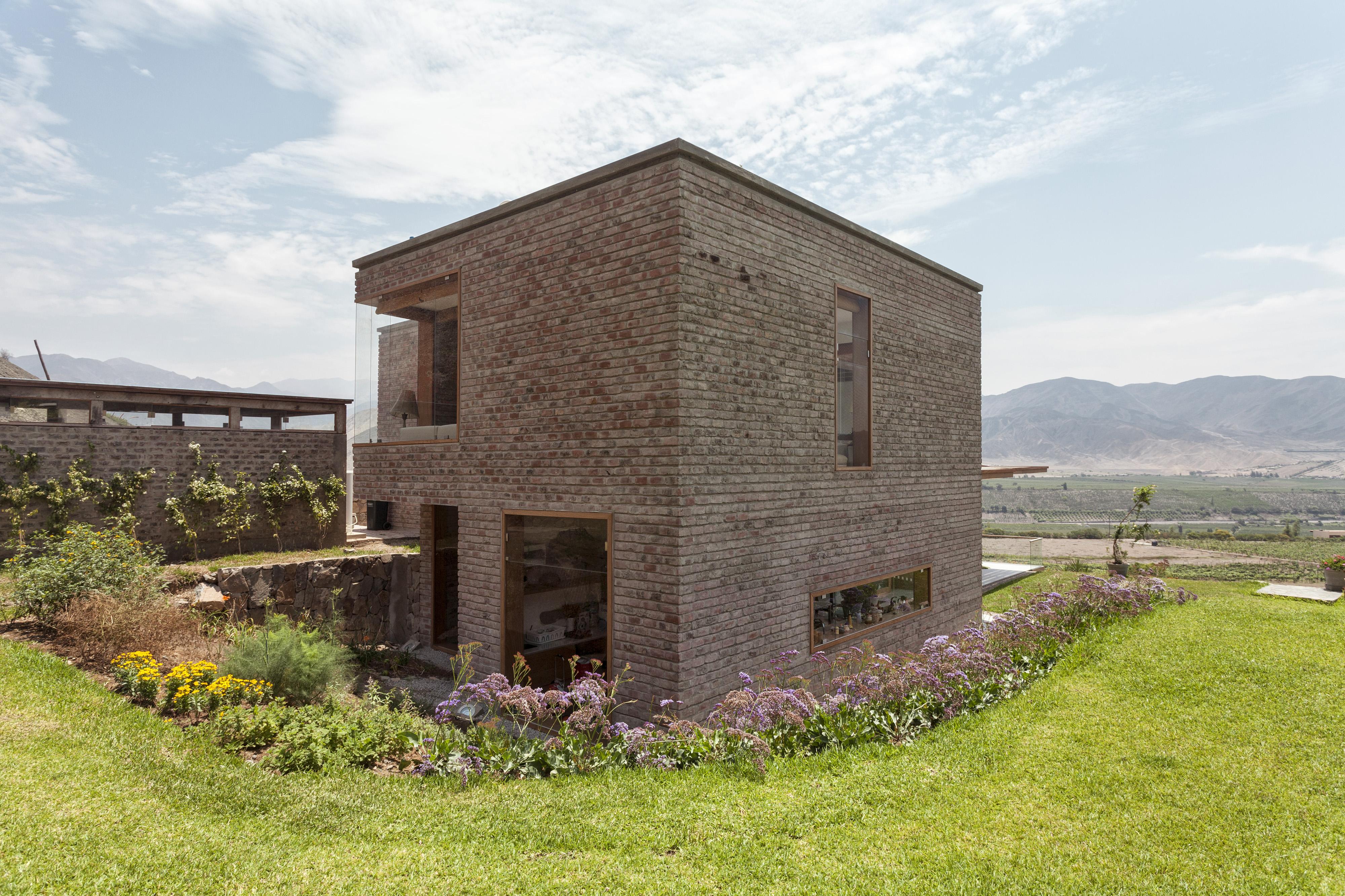 Casa de campo en Azpitia diseñada por Rafael Freyre